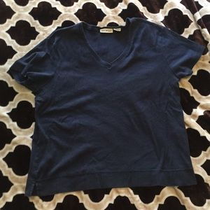 Navy blue v-neck XL top by White Stag